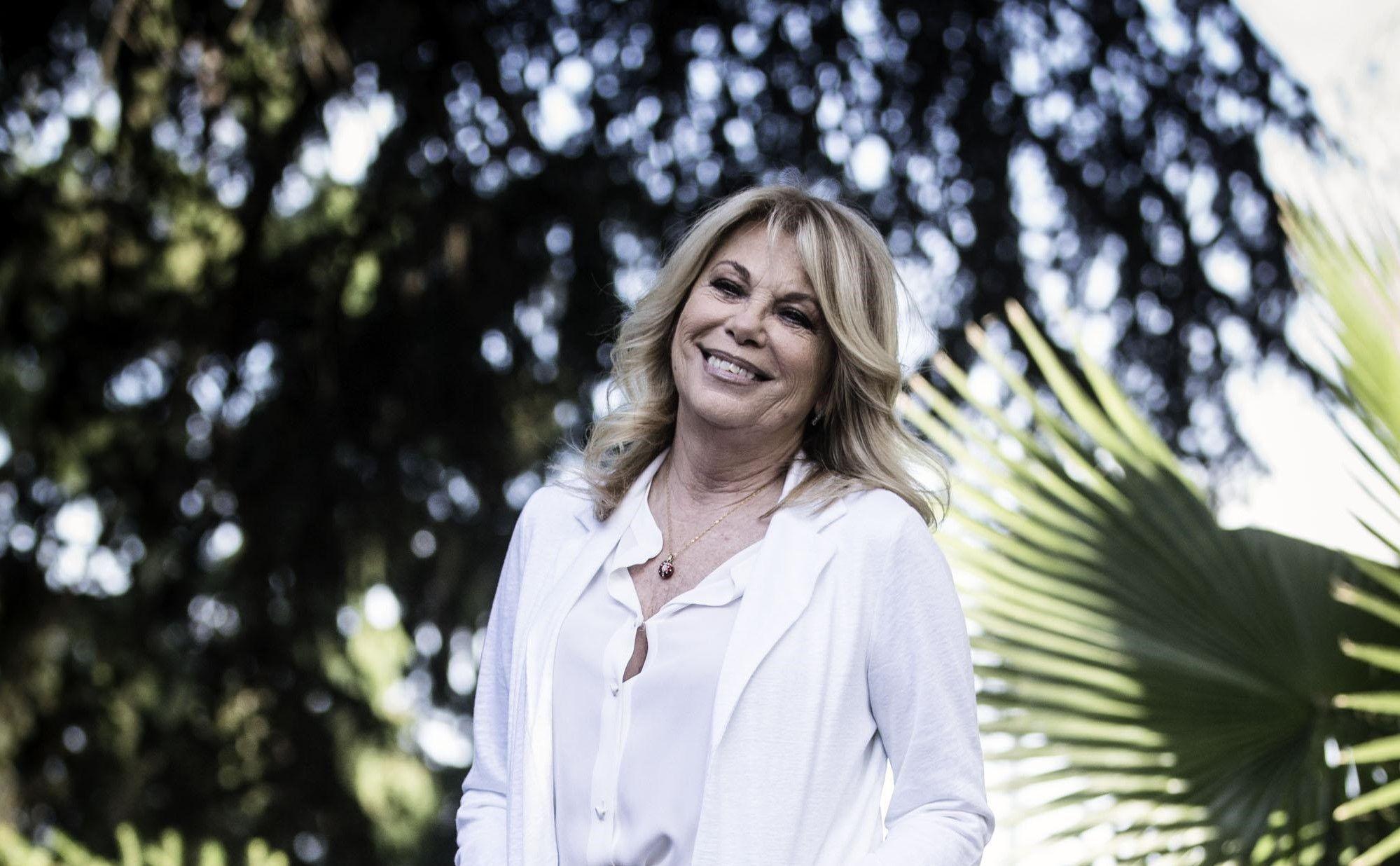 Rita Dalla Chiesa difende Mara Venier: 'Non usa gobbi come altre sue colleghe'