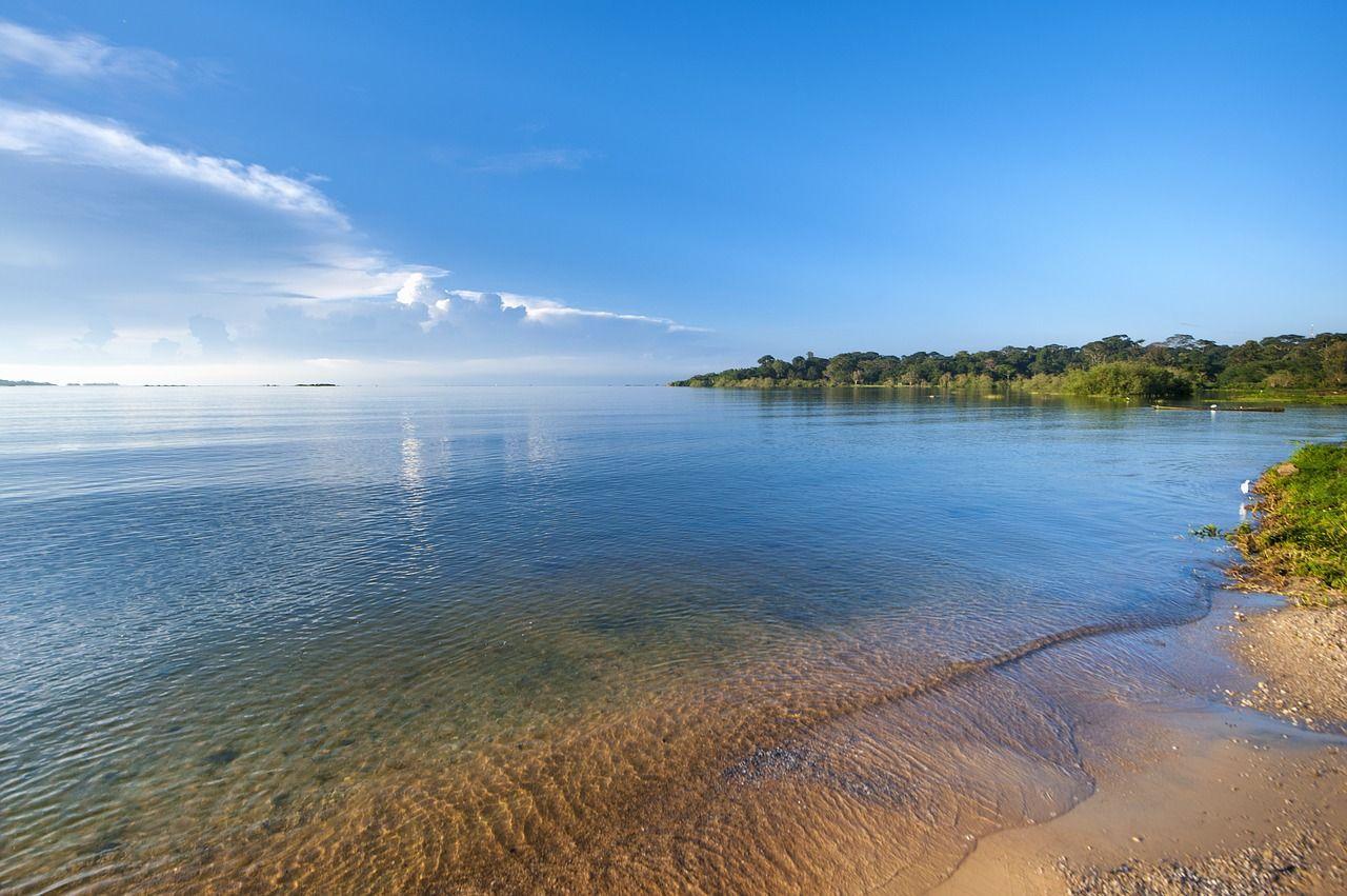 Tanzania, traghetto affonda nel lago Vittoria almeno 100 morti