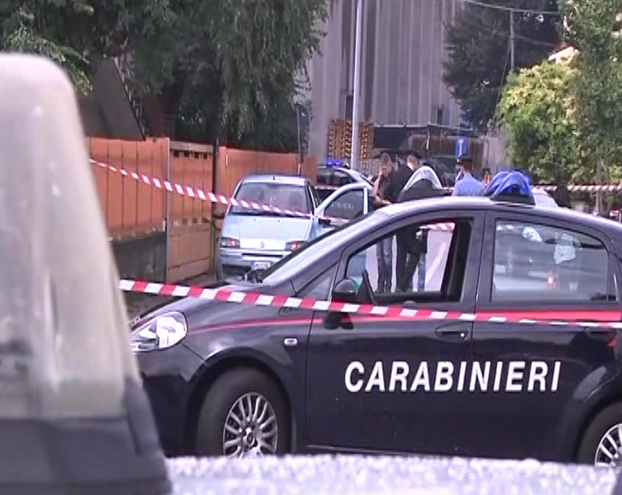 Vicenza: uccide la moglie, fugge e si spara in bocca