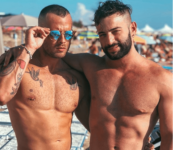 Vito Conversano, ballerino di Amici, con il fidanzato Daniele