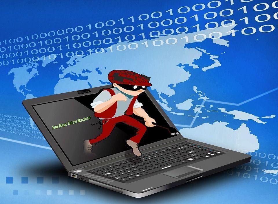 Email con minacce a scopo estorsivo, la polizia: 'Cambiate password e state calmi'