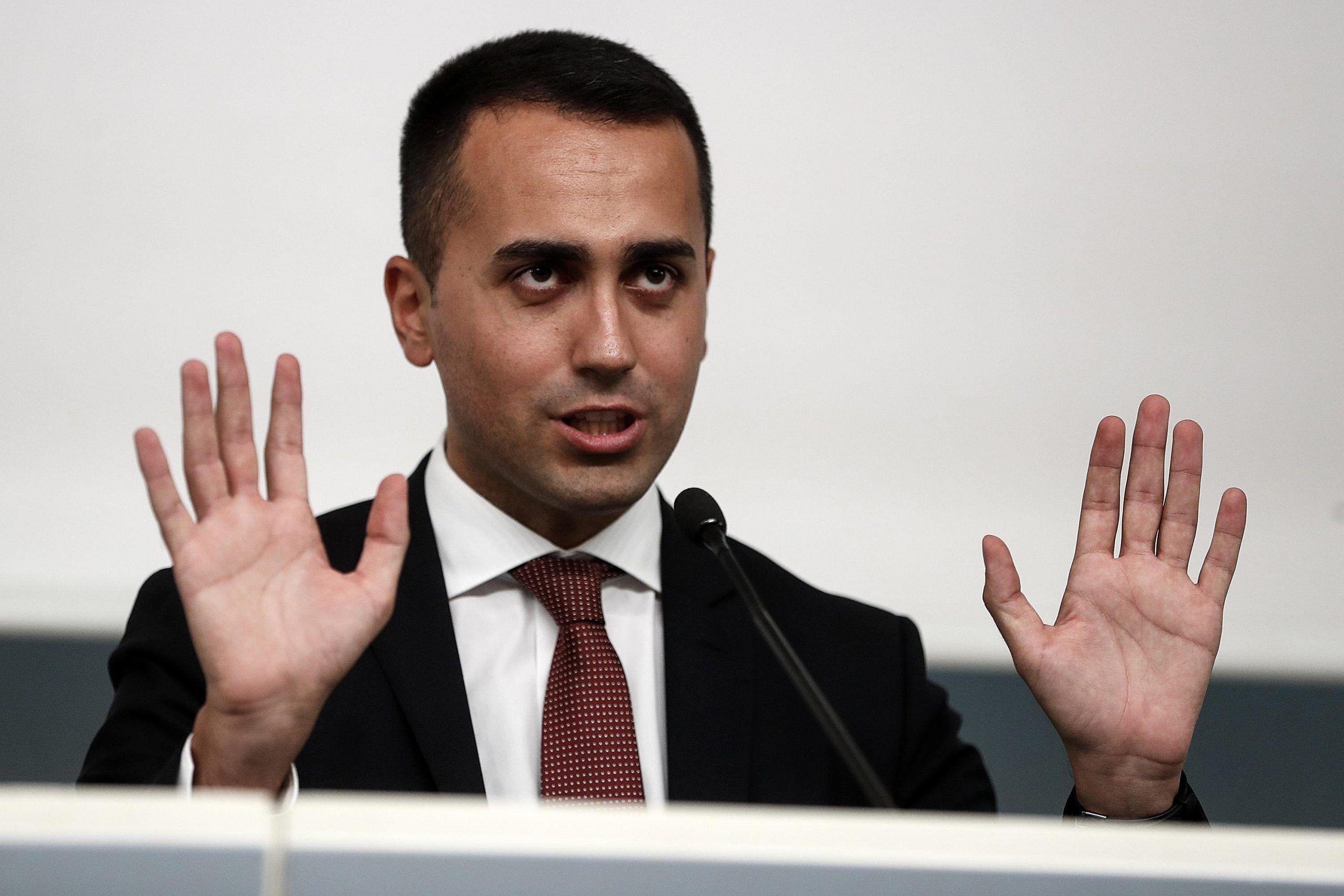 Sanremo, Di Maio: 'Dal 2020 si voti solo con televoto'