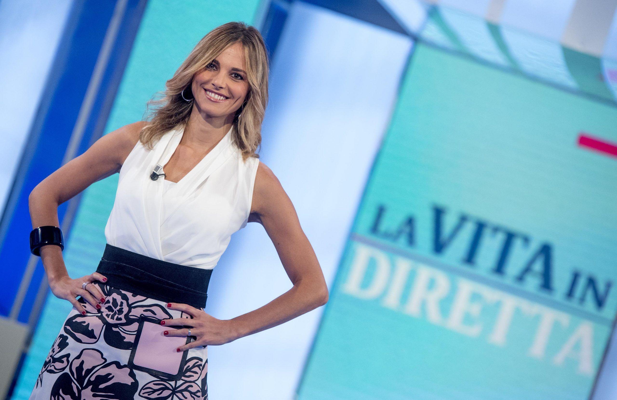 Francesca Fialdini sbotta a La Vita in diretta: 'Questo copione fa schifo'
