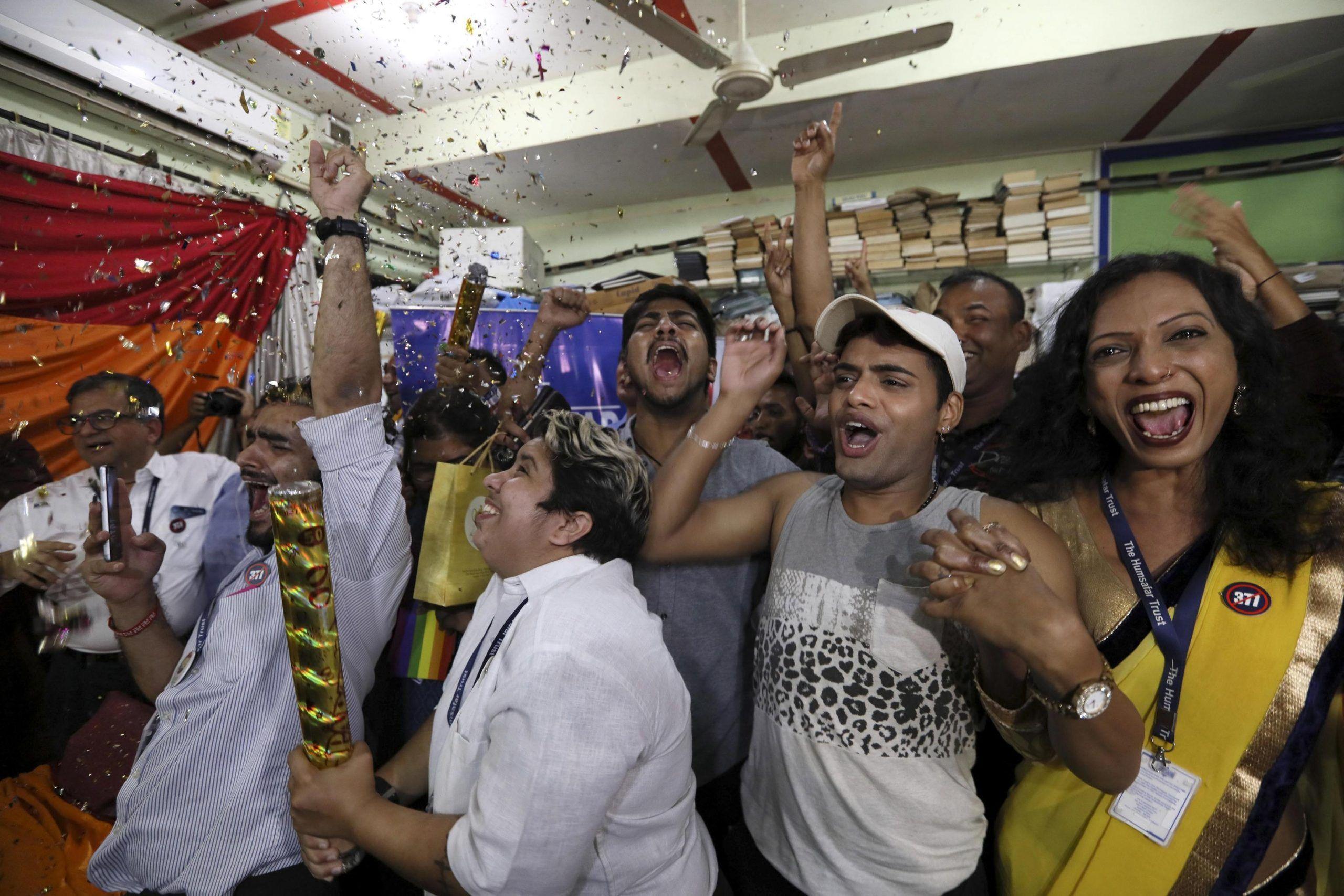 India essere gay non è reato