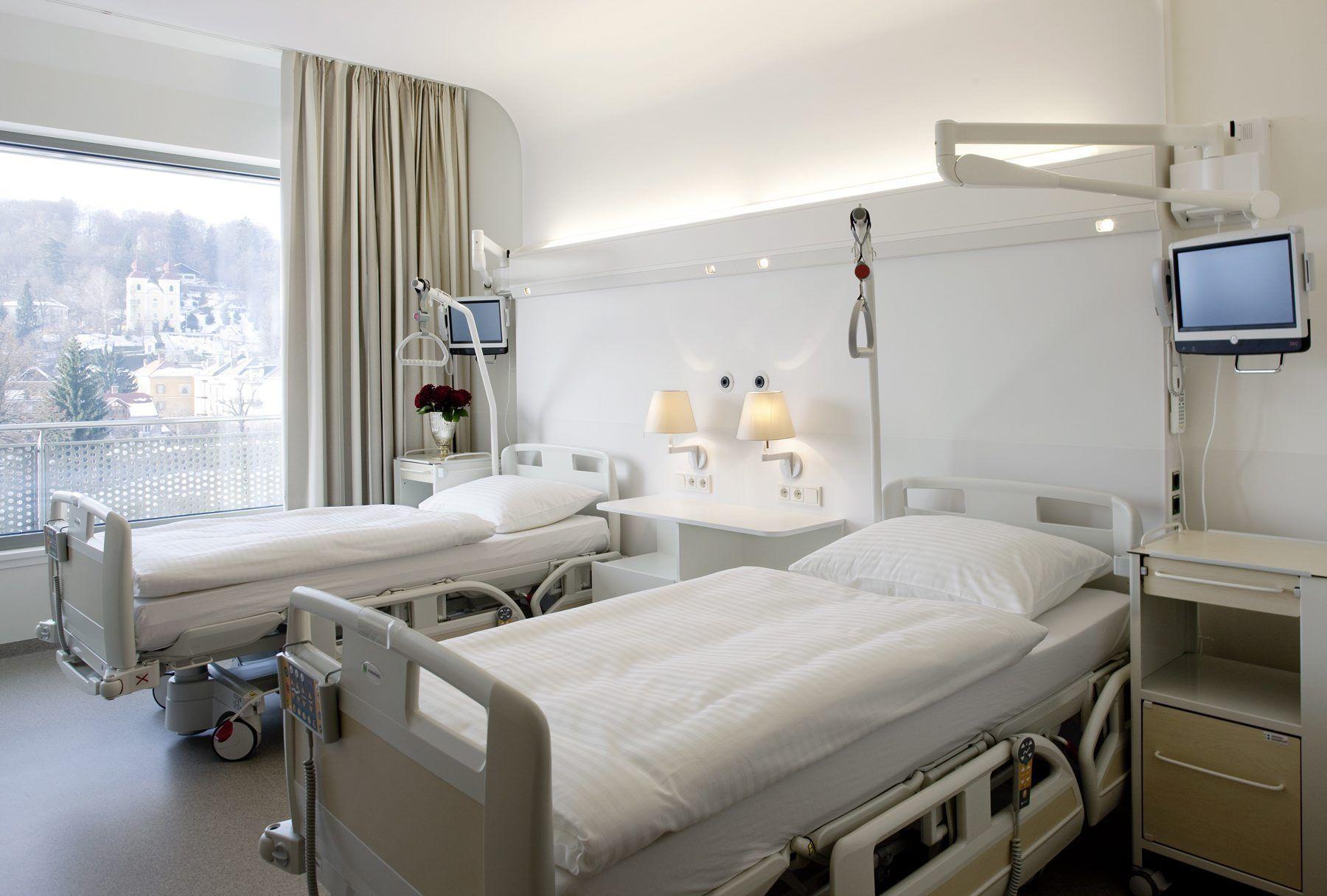 Massa, oltre 30 morti in corsia: indagato il primario di Medicina