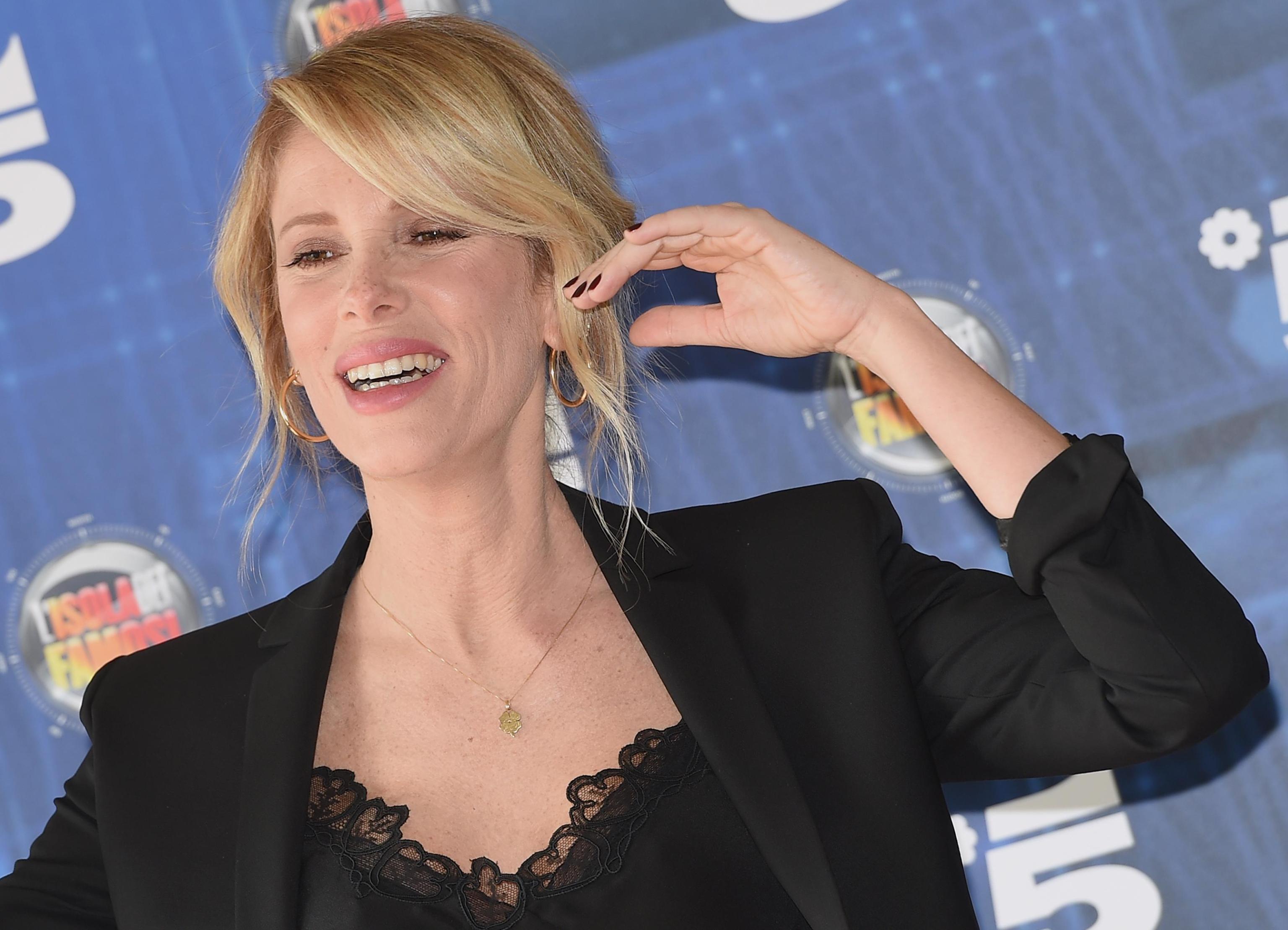 Alessia Marcuzzi: 'Simona Ventura? Mi è dispiaciuto leggere alcune sue frasi dopo l'Isola'