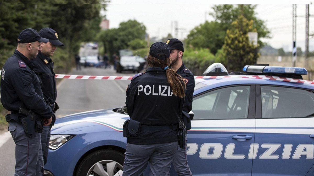 Bari, violenza sessuale di gruppo su una giovane al Cara: quattro arresti