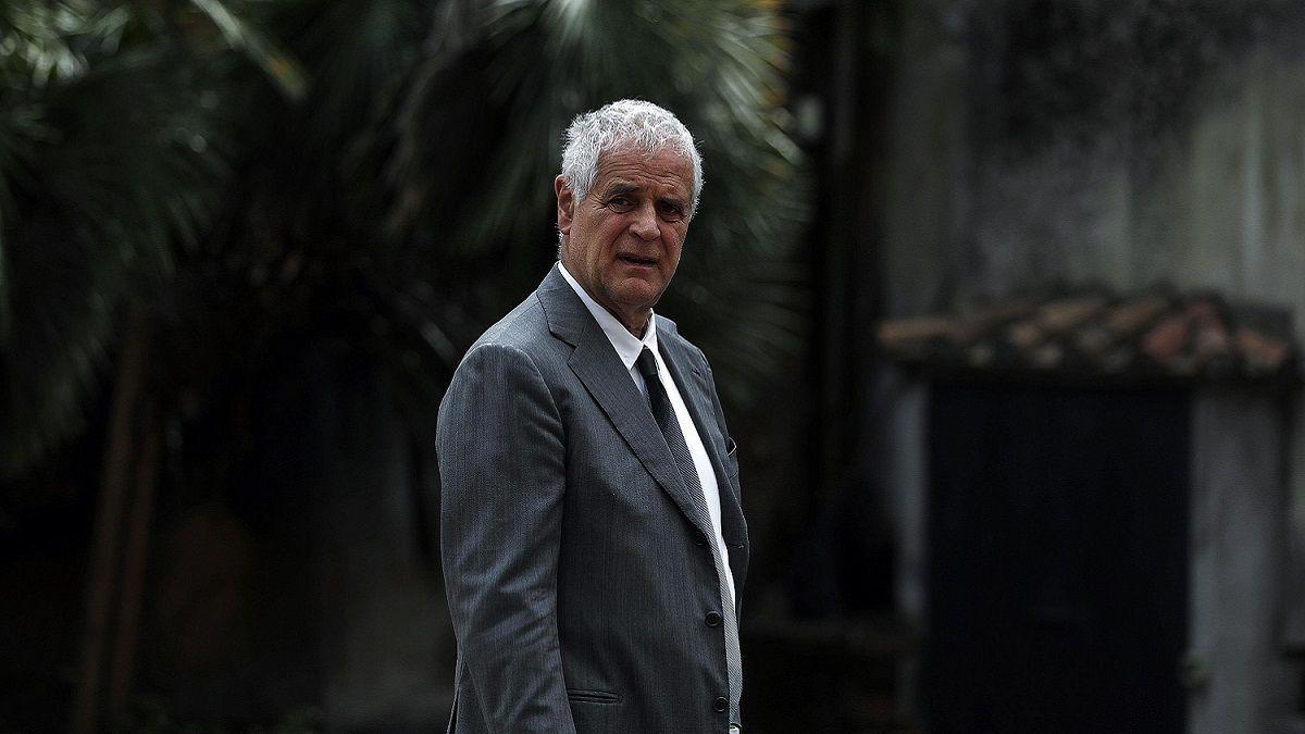 Formigoni: 'Ho perso tutto, anche la pensione e sono costretto a prendere i mezzi pubblici'