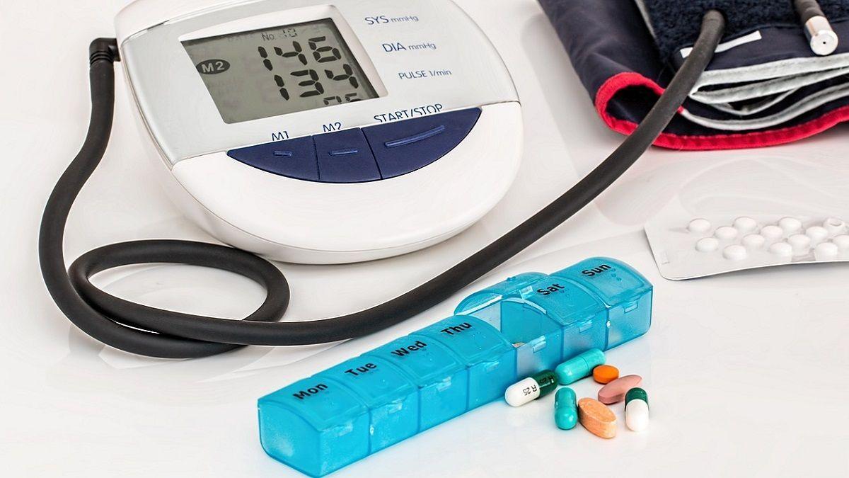 Le pillole per l'ipertensione aumentano il rischio di cancro al polmone: lo studio canadese