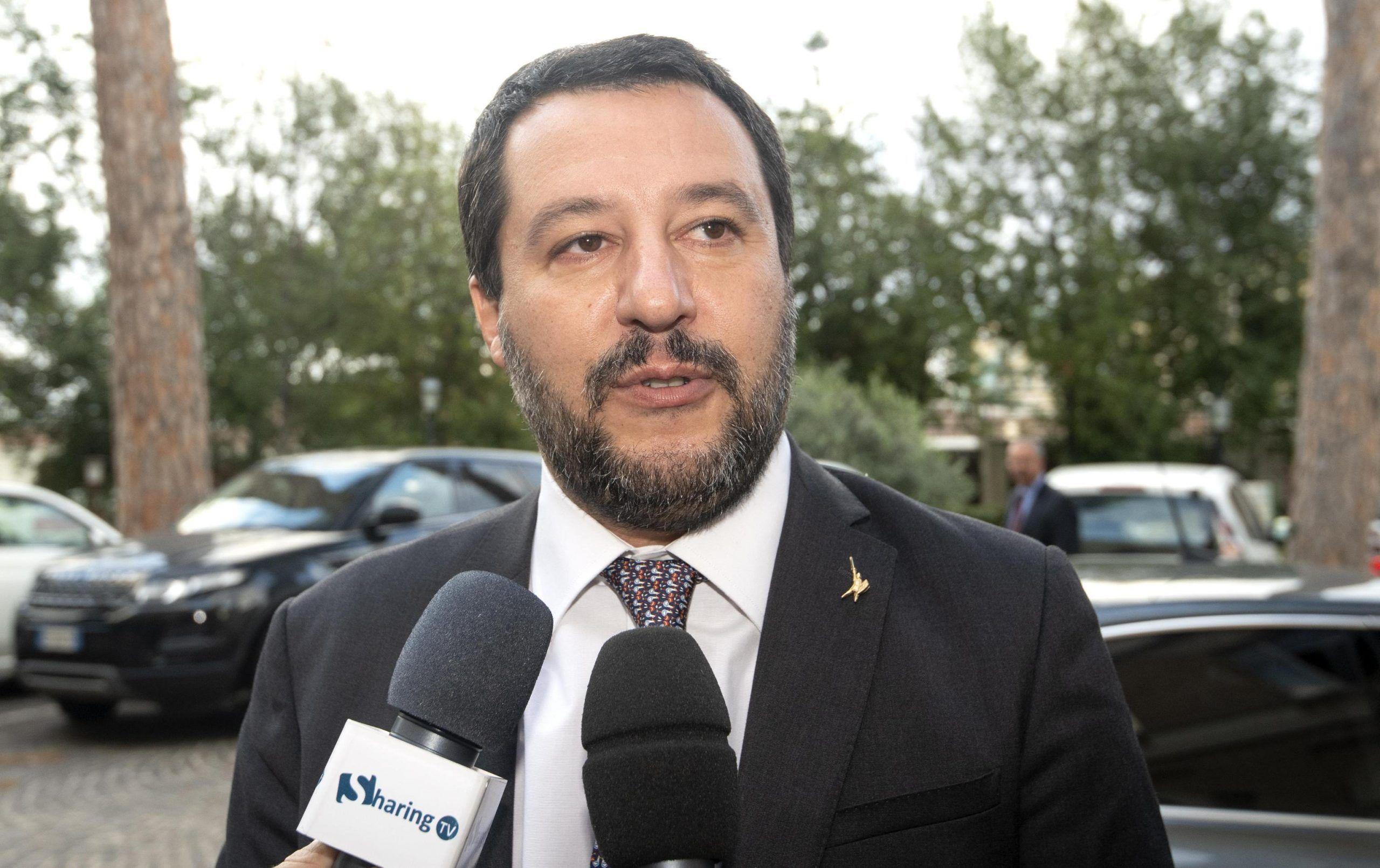 Matteo Salvini cravatta