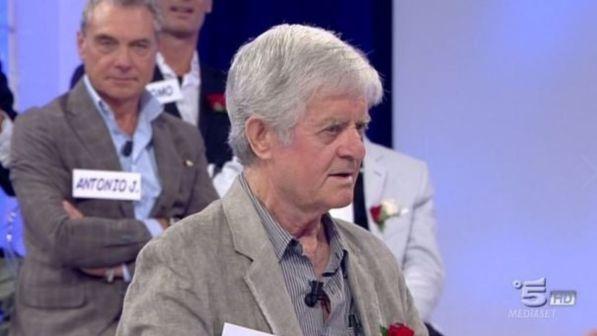 Uomini e Donne, l'ex cavaliere Rocco Di Perna si è suicidato gettandosi dal terzo piano