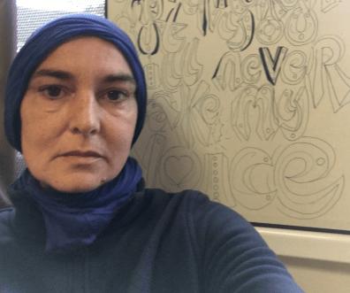 Sinéad O'Connor, la cantante si è convertita all'Islam
