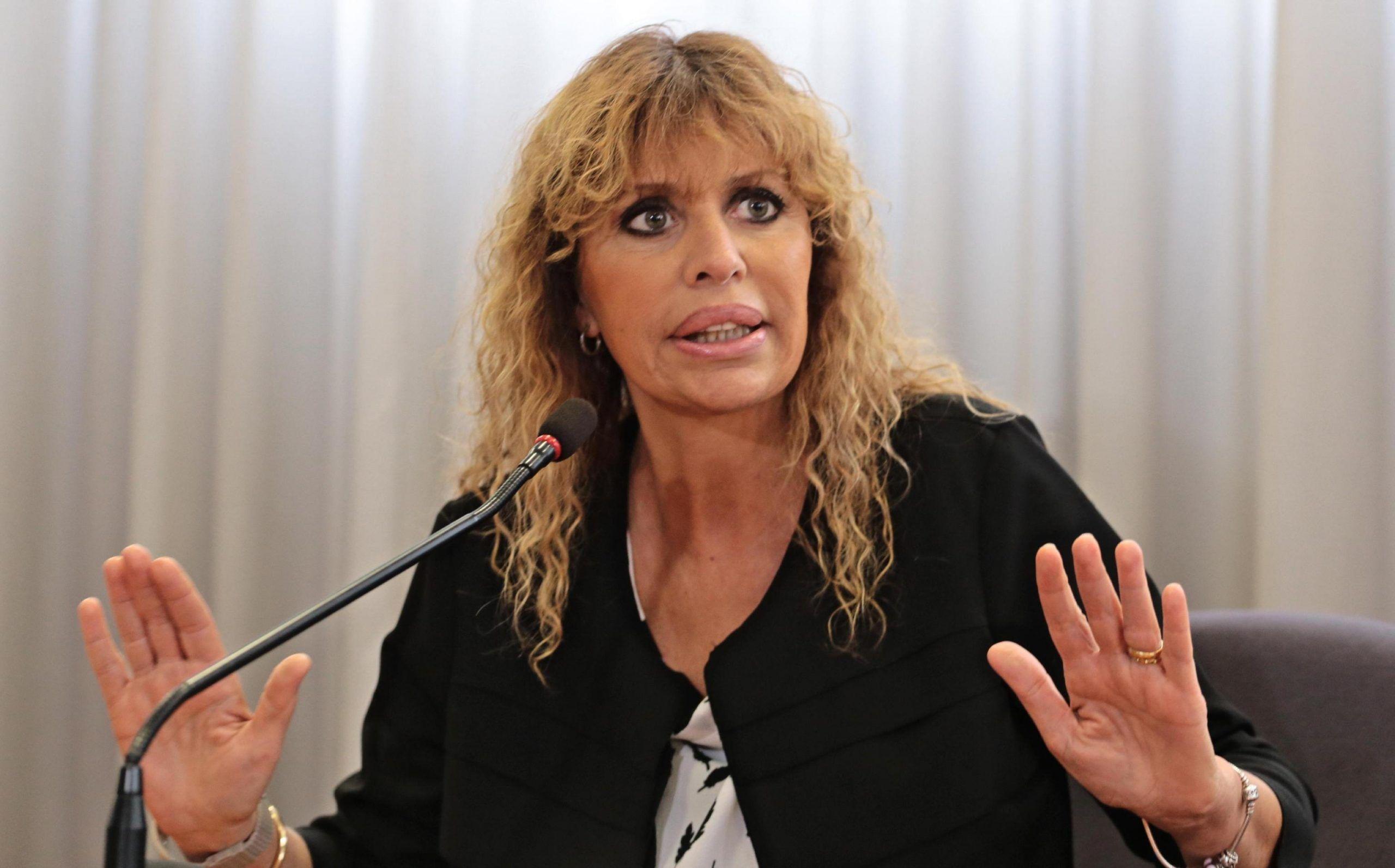 Alessandra Mussolini in difesa del Duce: 'Denuncio chi offende Benito'