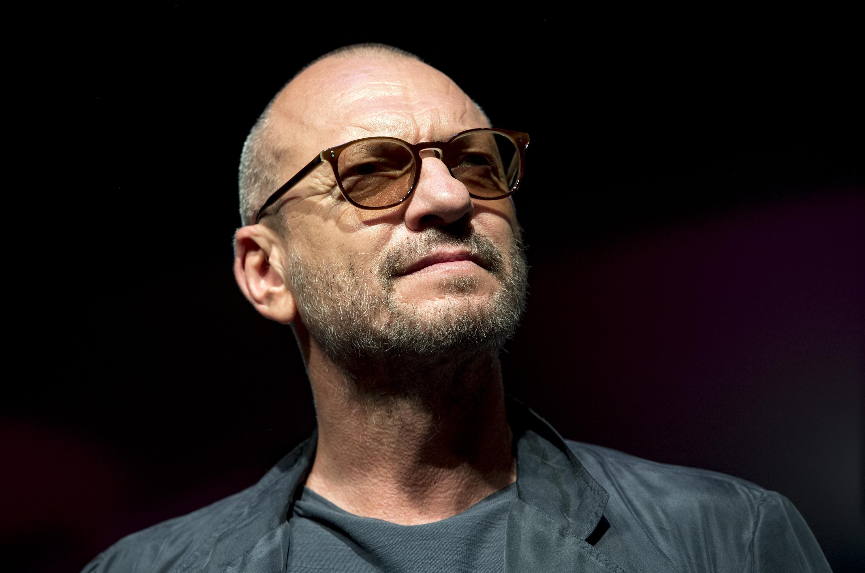 Biagio Antonacci si sposa? Il cantante smentisce: 'Che invenzione malsana il gossip'