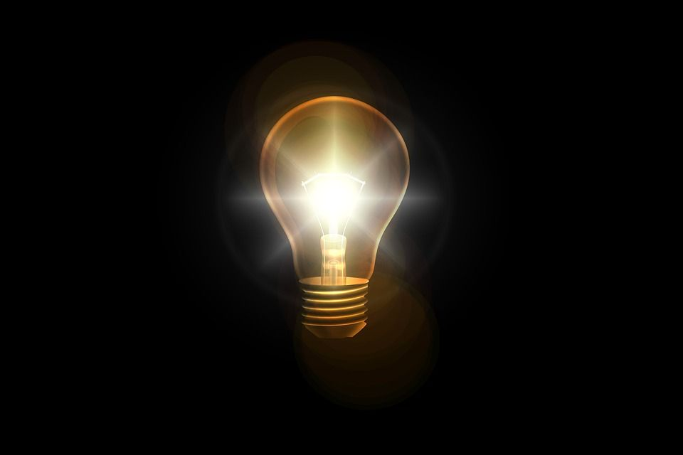 Stangata bollette luce: da gennaio 2019 partono le nuove tariffe