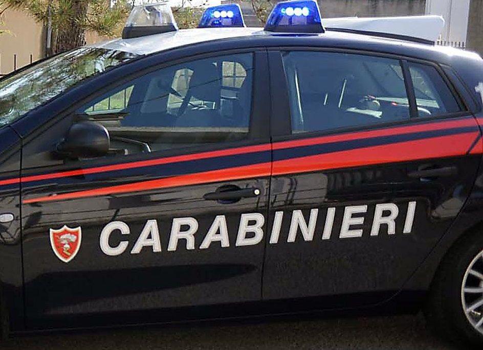 Vimercate, 82enne uccide la moglie a coltellate: fermato sotto casa