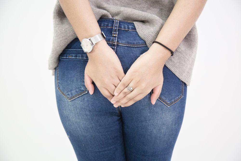 Jeans, mutande e pigiami anti scorregge: i vestiti filtrano gli odori