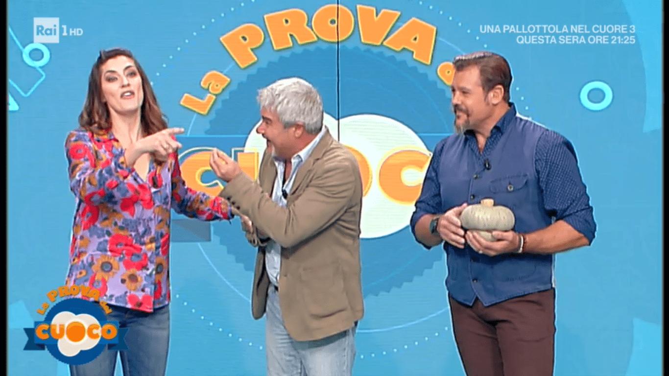 Elisa Isoardi, la gaffe con Pino Insegno a La Prova del cuoco
