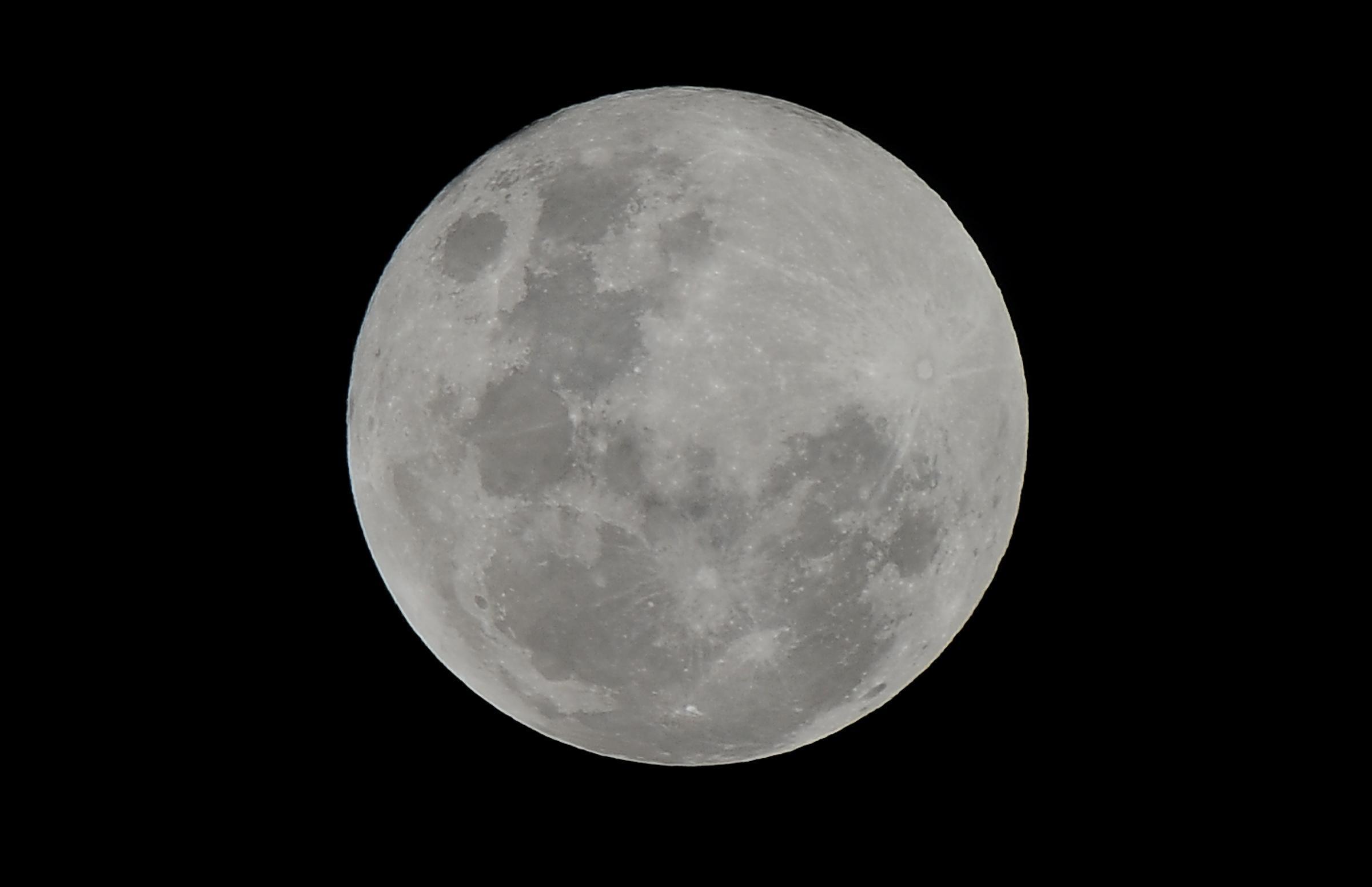 Luna del Cacciatore: occhi al cielo per il plenilunio di Ottobre