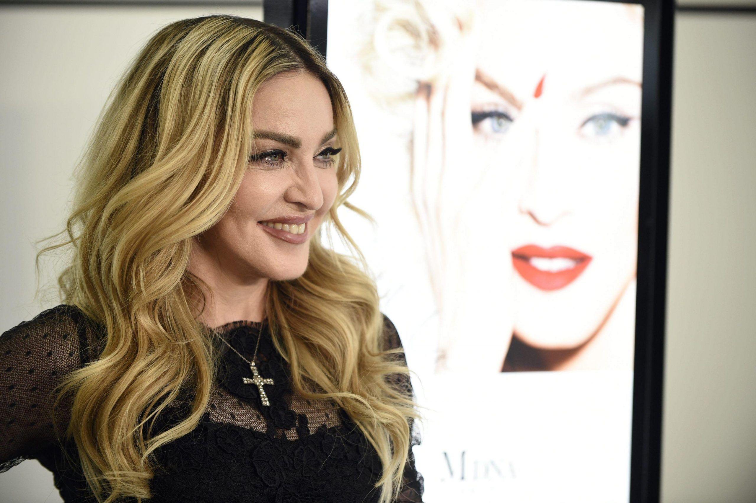 Madonna cerca uno chef privato disposto a viaggiare: lo stipendio è super