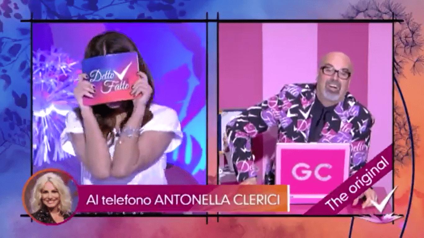 Antonella Clerici telefona a Detto Fatto e bacchetta Bianca Guaccero