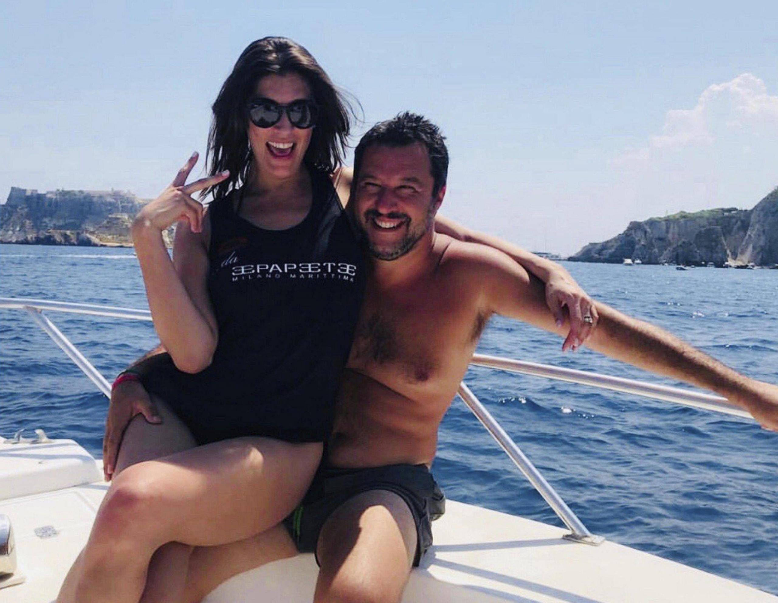Elisa Isoardi: 'Io e Matteo Salvini ci siamo lasciati due mesi fa'. Lui: 'Aveva altre priorità'