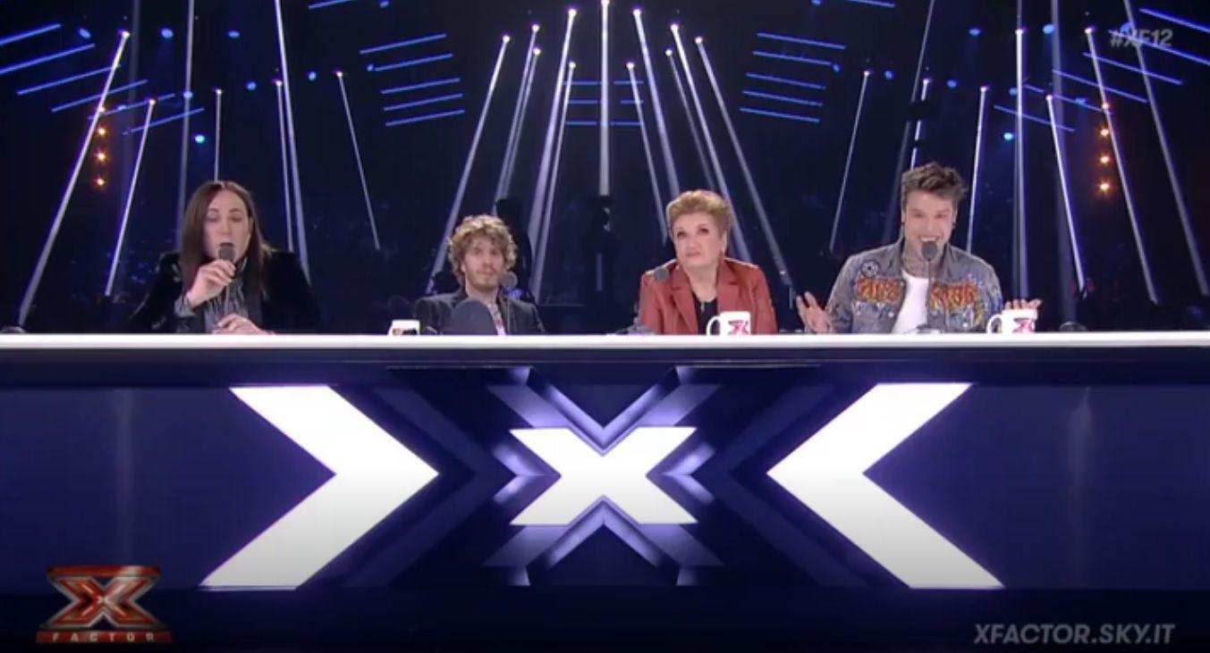 X Factor 12, Manuel Agnelli critica Naomi e Fedez attacca: scontro tra i giudici