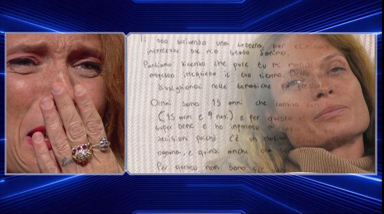 GF VIP 3, Jane Alexander riceve una lettera dal figlio: 'Ti voglio bene e ti appoggerò sempre'