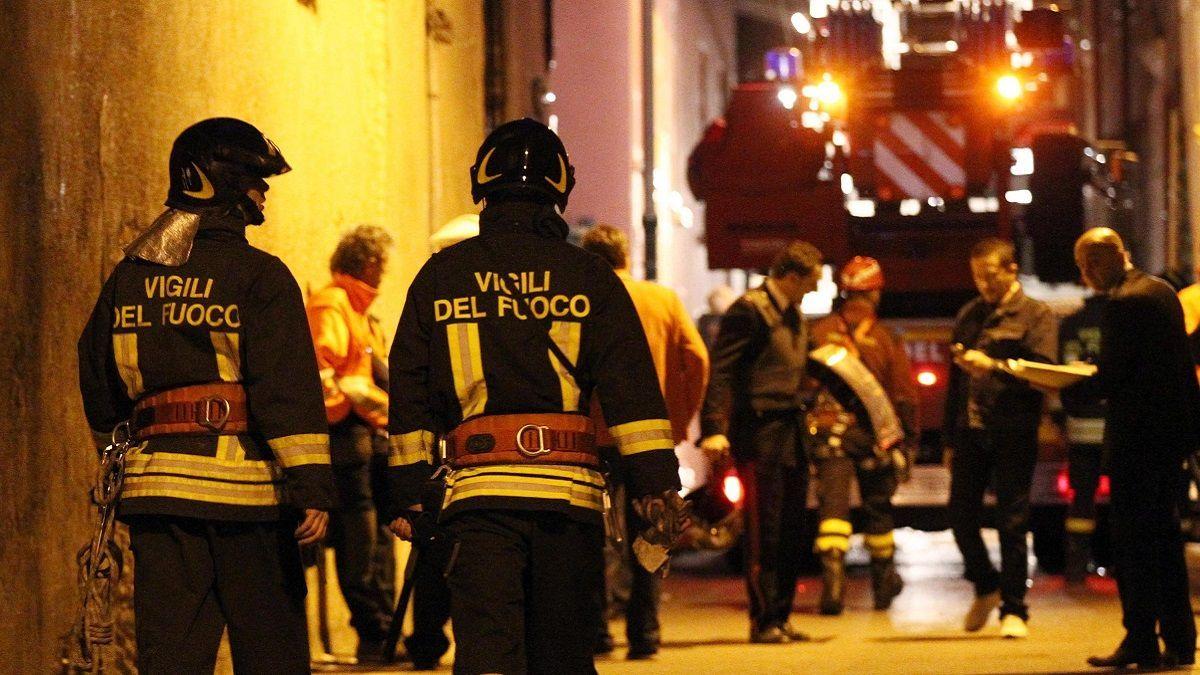 Mantovano: artigiano 52enne incendia la casa e uccide uno dei figli