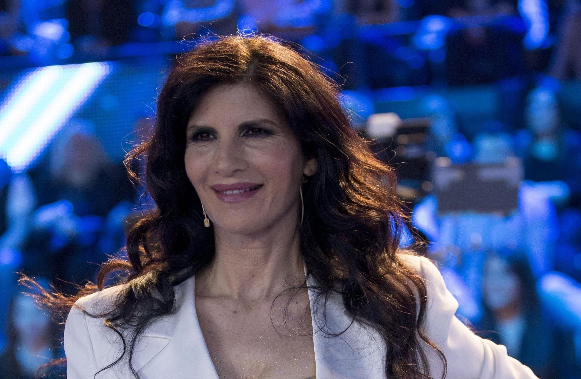 Pamela Prati: 'Marco Caltagirone è il grande amore, abbiamo due bambini in affido'