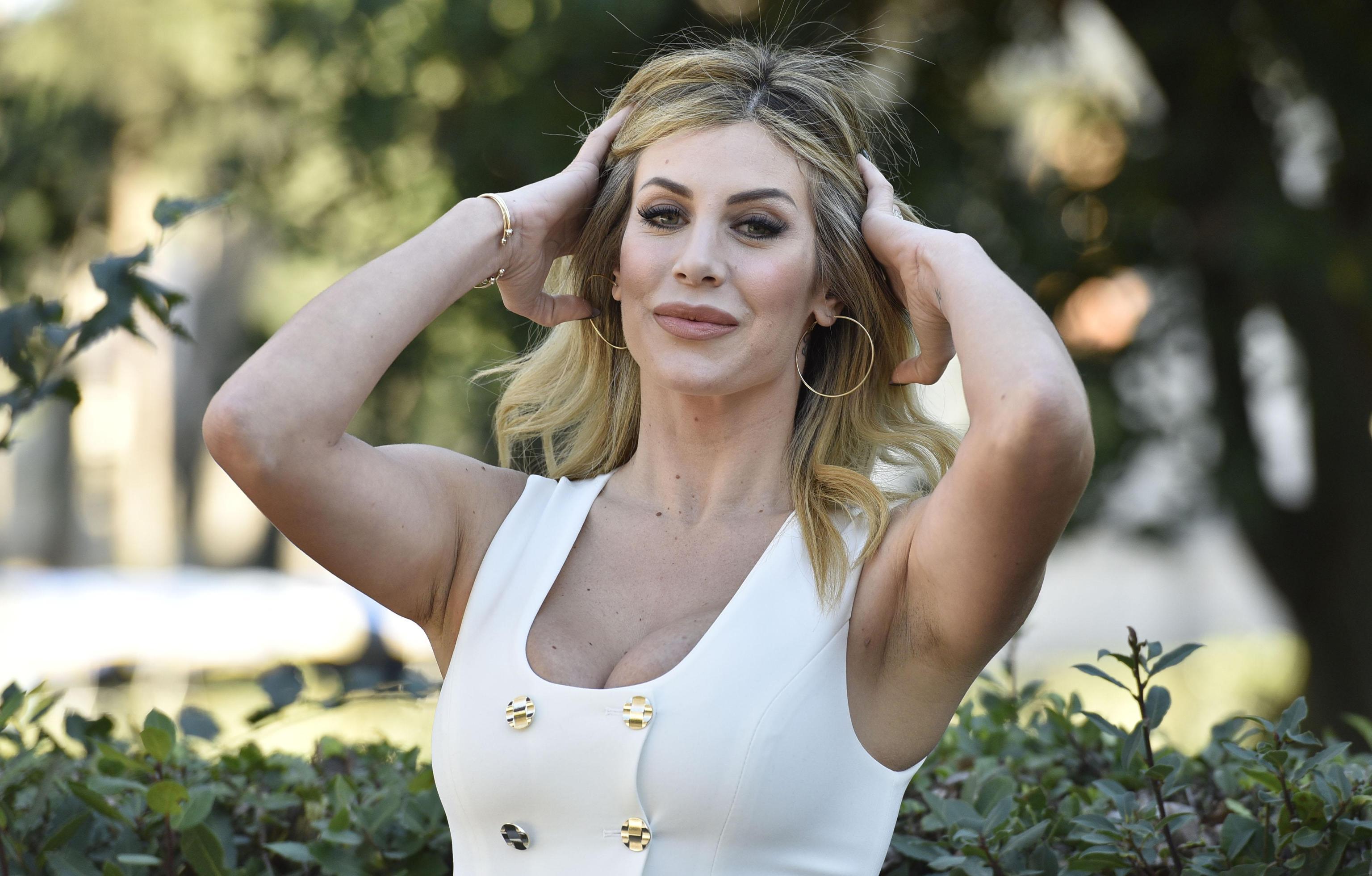 Paola Caruso, l'ex Bonas operata d'urgenza