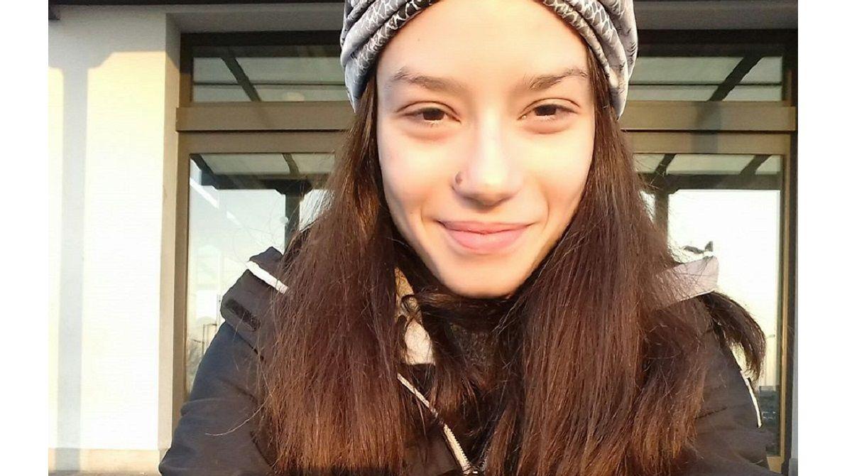 Roxana trovata morta a 24 anni in camera da letto: probabile overdose