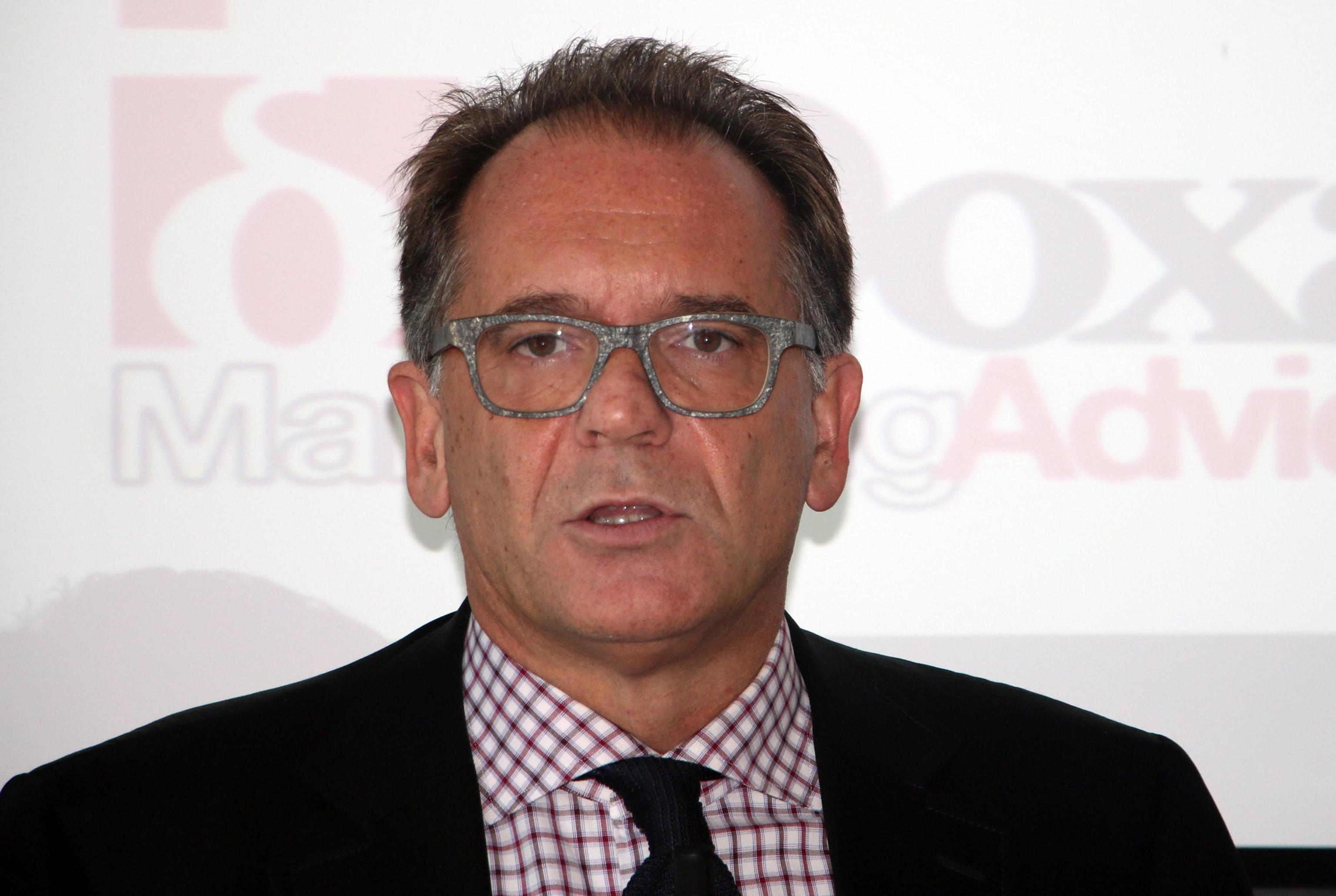 Alessandro Cecchi Paone: 'Single dall'estate scorsa. L'uomo ideale? Under 35'