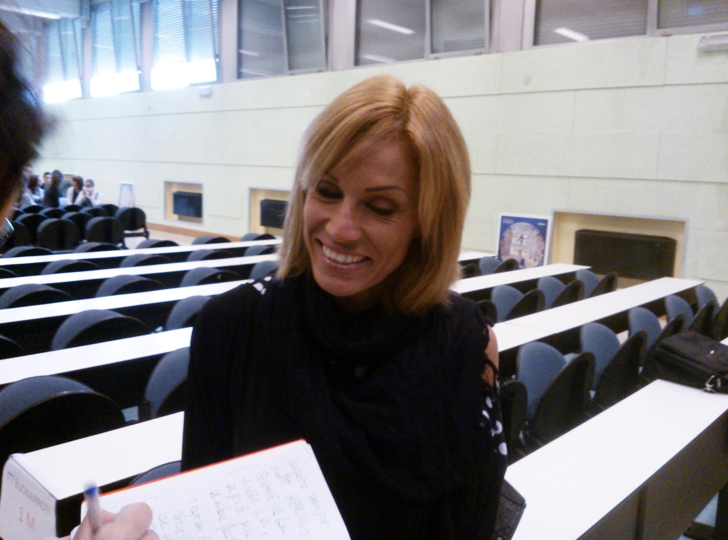 Annalisa Minetti vittima degli haters: 'Da cieca non avresti dovuto fare figli'
