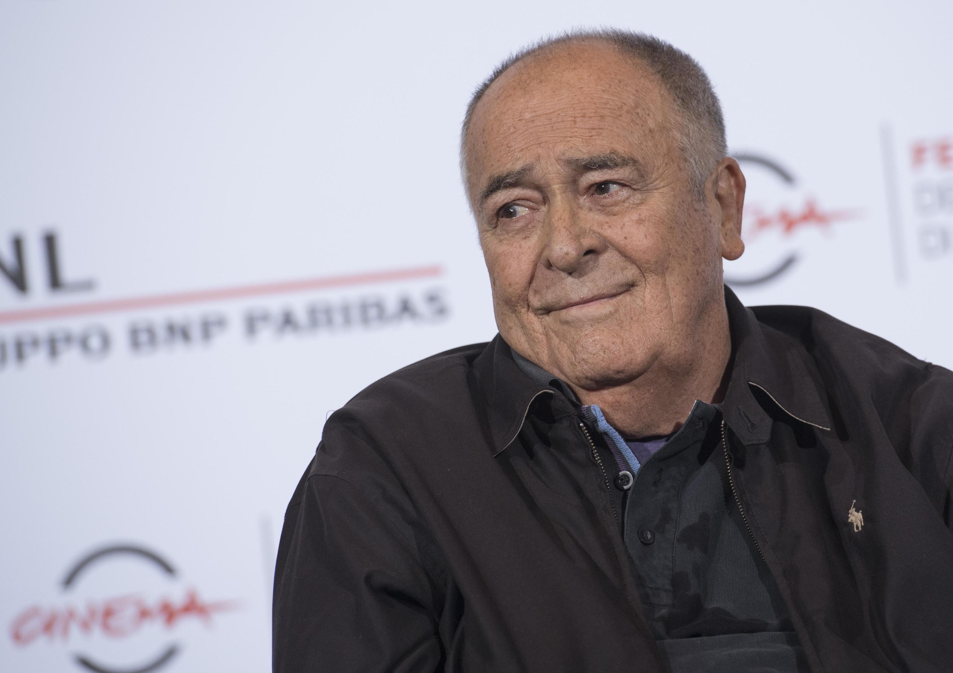 Morto Bernardo Bertolucci: il regista si è spento a Roma a 77 anni