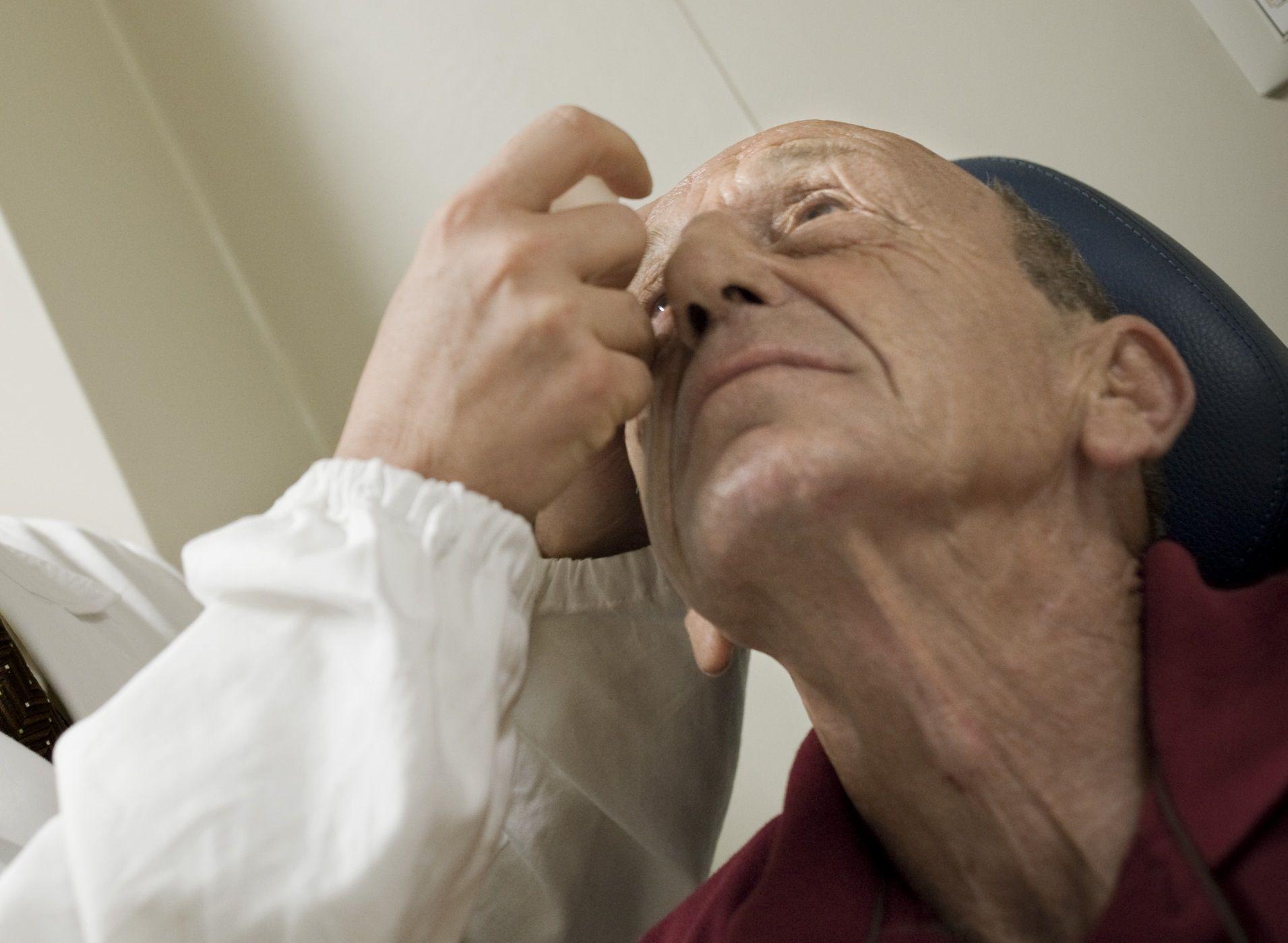 Maculopatia e glaucoma si cureranno con un cerotto