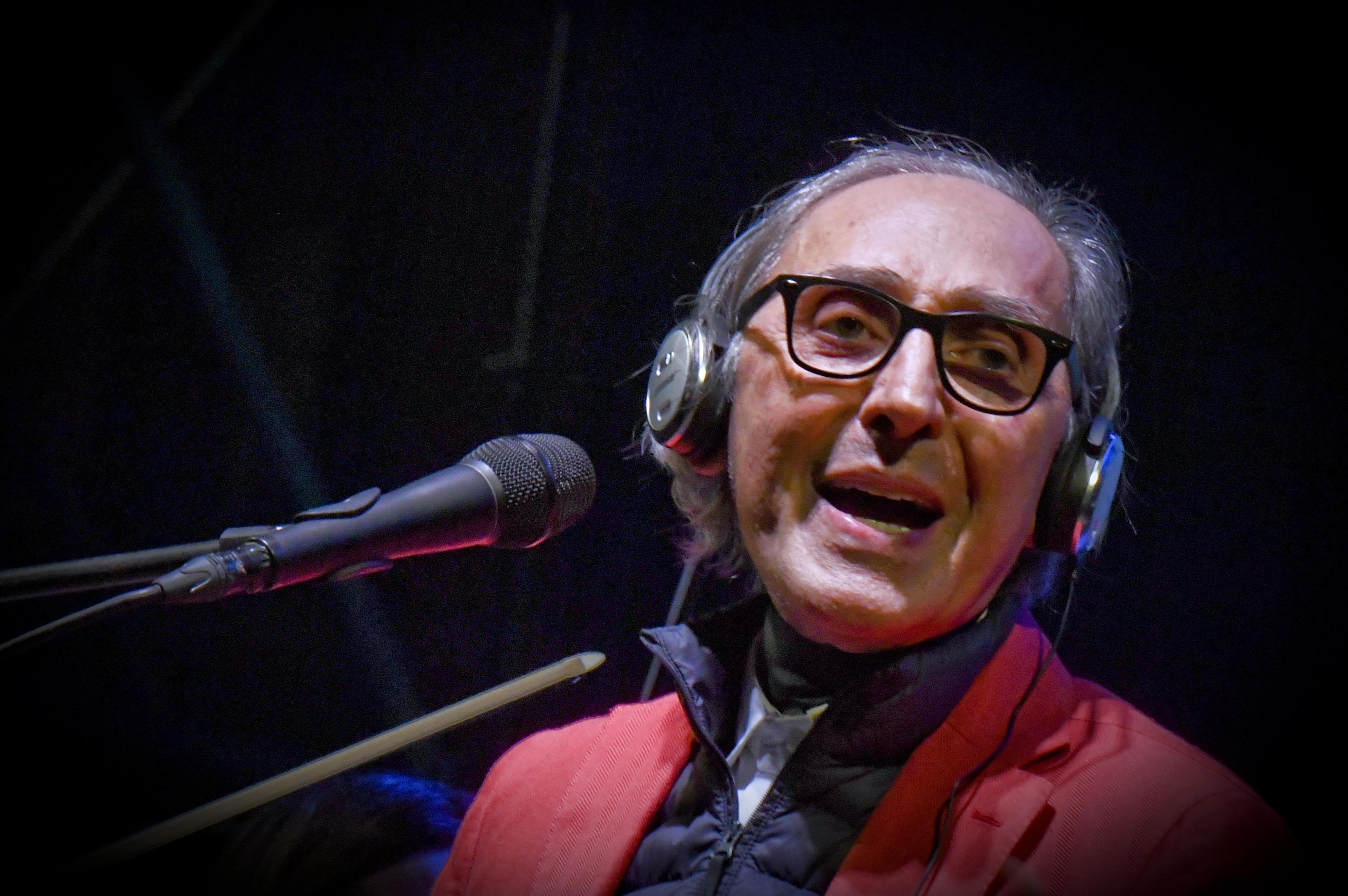 Franco Battiato torna sui social: 'Che bello rivedere il Maestro'