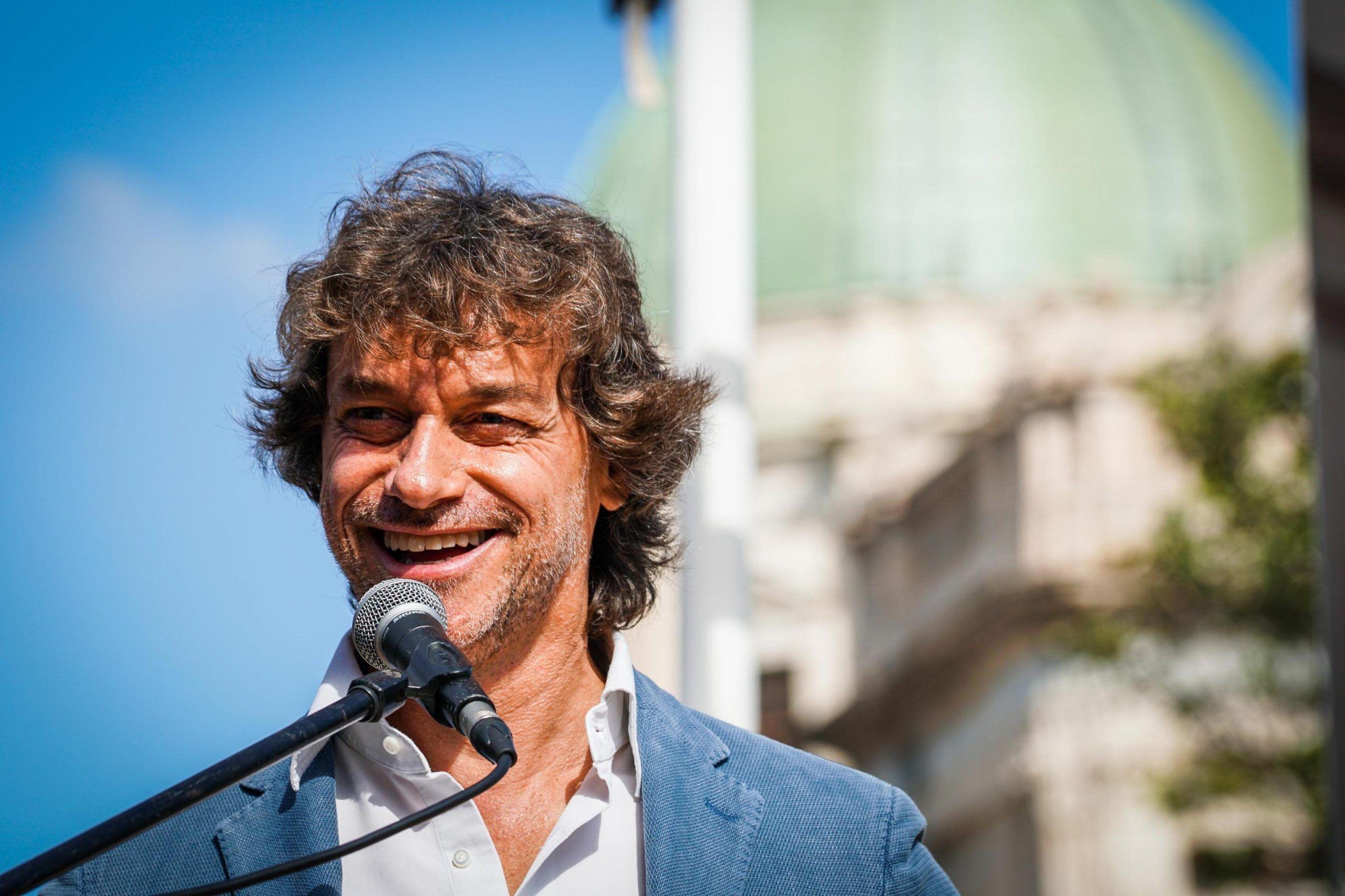 Alberto Angela: 'Sono nati decine di profili fake con foto di mio figlio, sono andato dalla polizia postale'