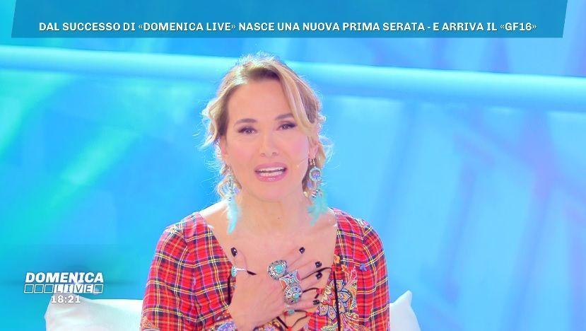 Domenica Live dal 2019 in forma ridotta: Mediaset concede a Barbara D'Urso 'un po' di respiro'