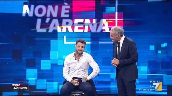 Fabrizio Corona: 'Nello spettacolo si drogano tutti. Asia? Mi ha lasciato con un messaggio'