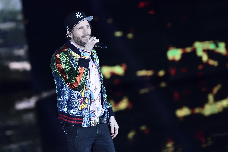 Jovanotti, polemica degli ambientalisti e il cantante cancella il concerto a Ladispoli
