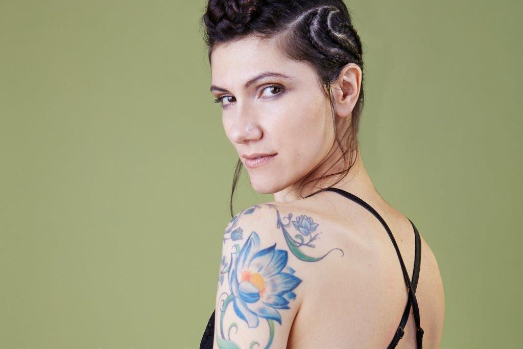 Elisa imita Laura Pausini