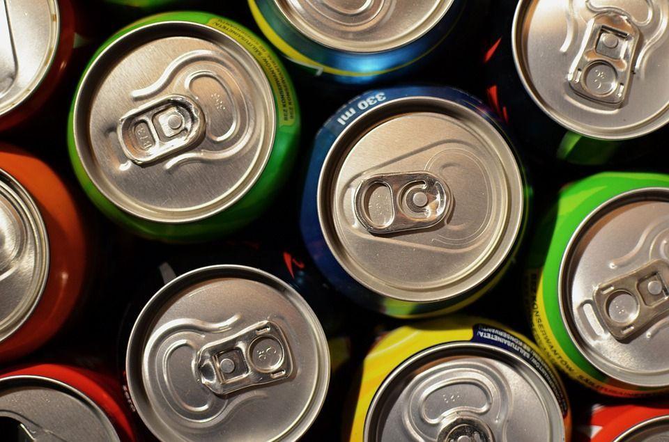 Bere bevande energetiche aumenta il rischio di ictus