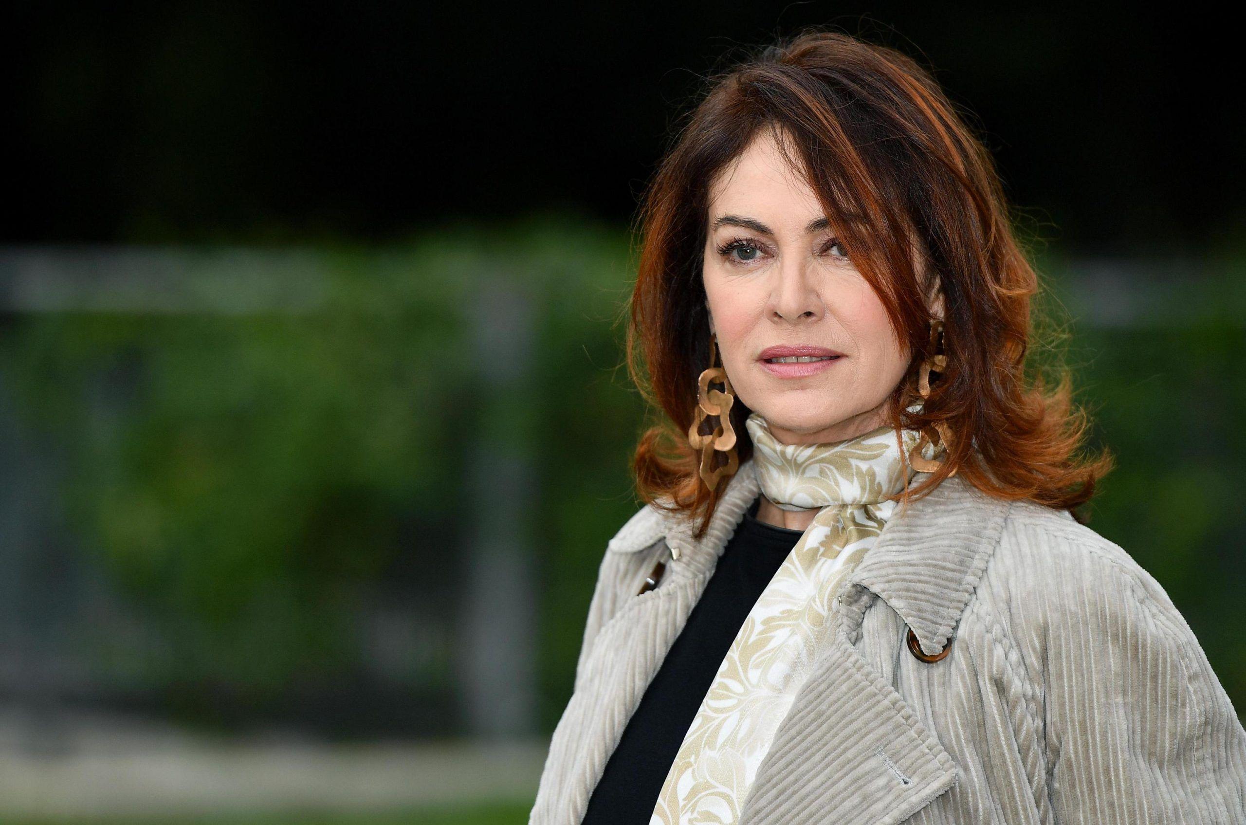 Elena Sofia Ricci abusata