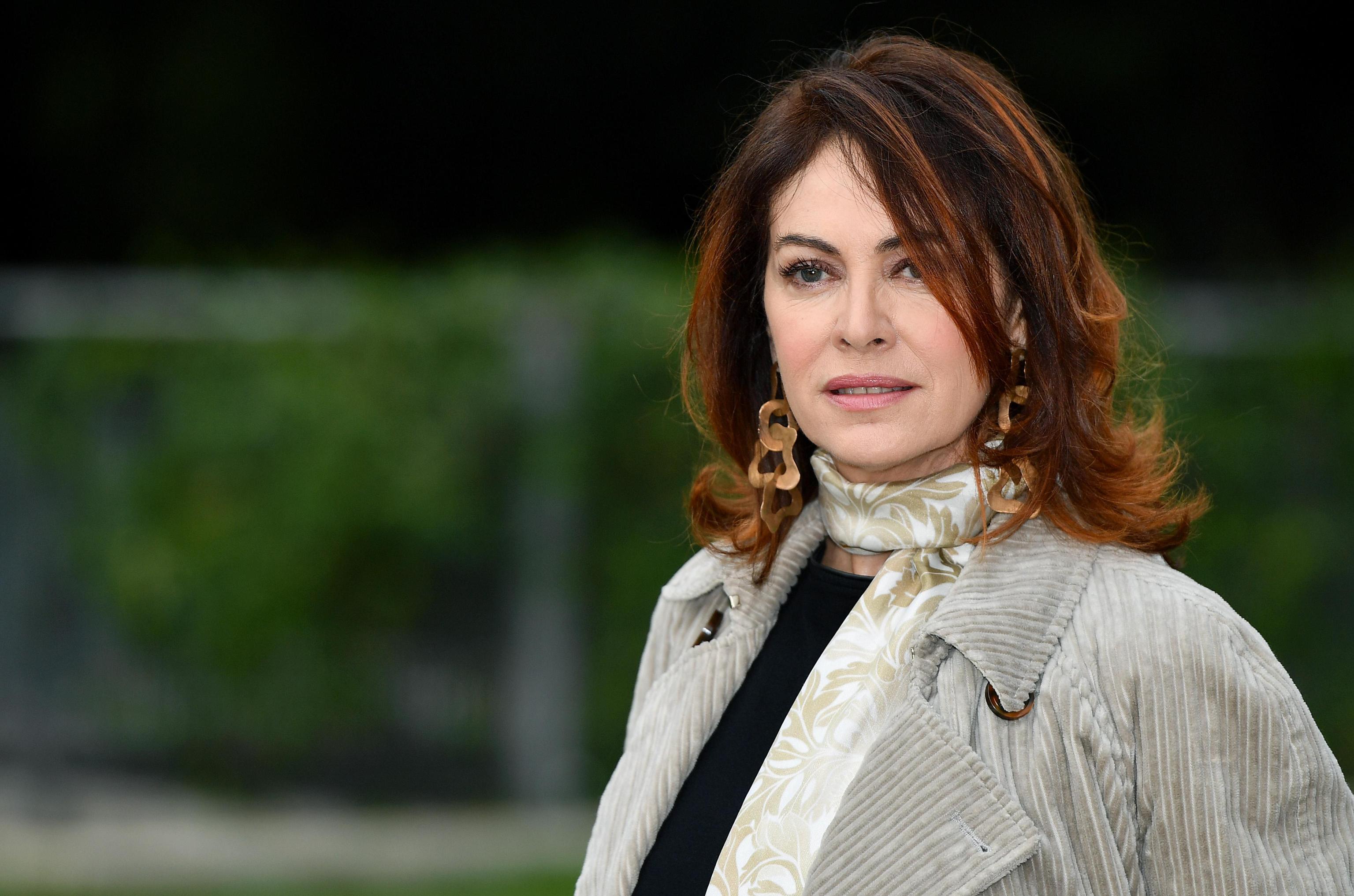 Elena Sofia Ricci: 'Abusata a 12 anni, lui era un amico di famiglia'