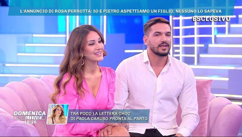 Rosa Perrotta e Pietro Tartaglione genitori: la ex tronista è incinta, nozze posticipate