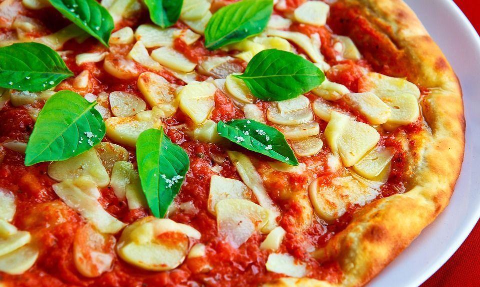 Pizza, gli italiani ne mangiano 8 kg all'anno a testa