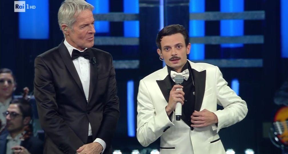 Sanremo 2019, Fabio Rovazzi saluta il papà: 'L'ultima volta non ho fatto in tempo'
