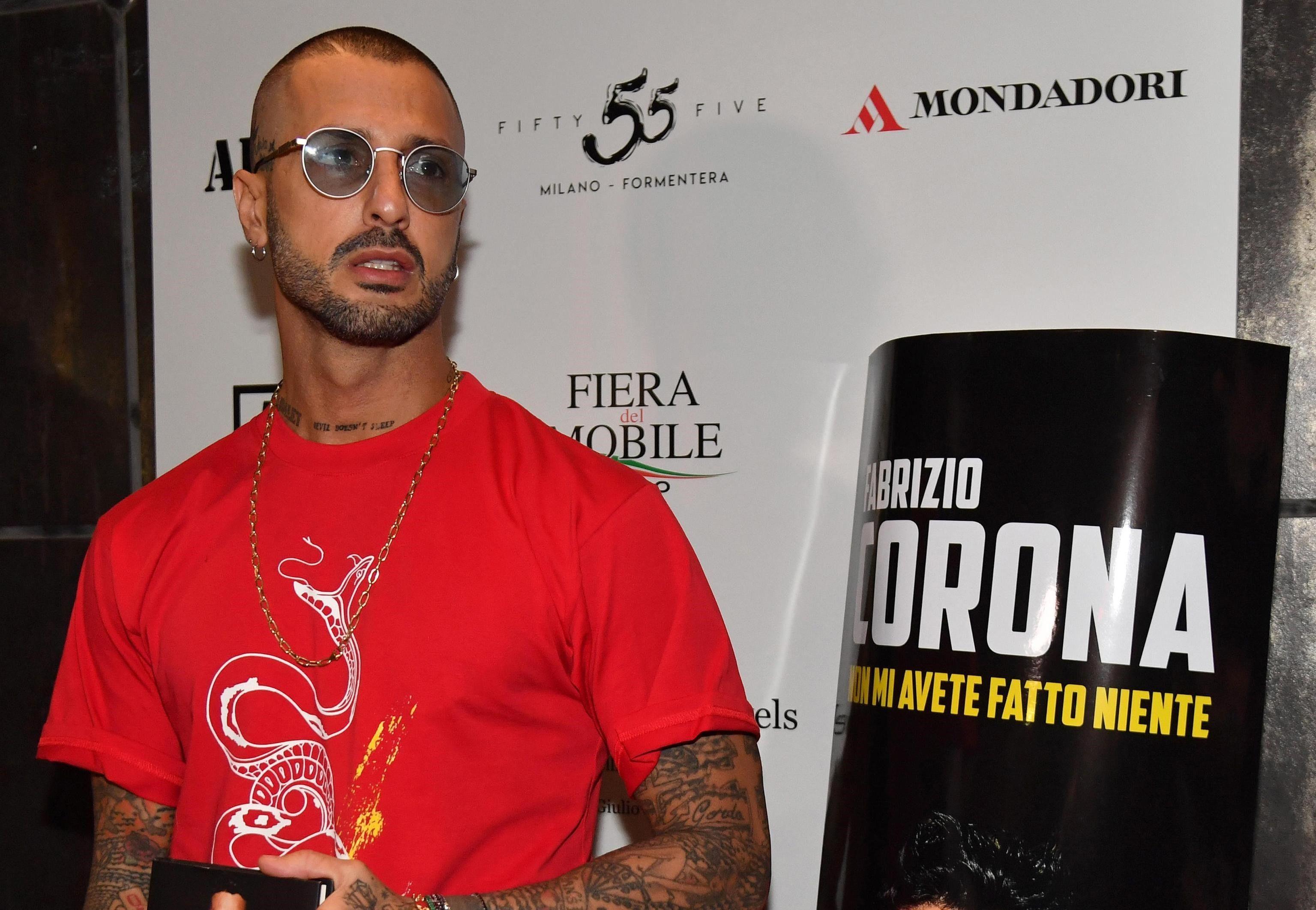 Fabrizio Corona: 'Fedez ha minacciato di denunciarmi'