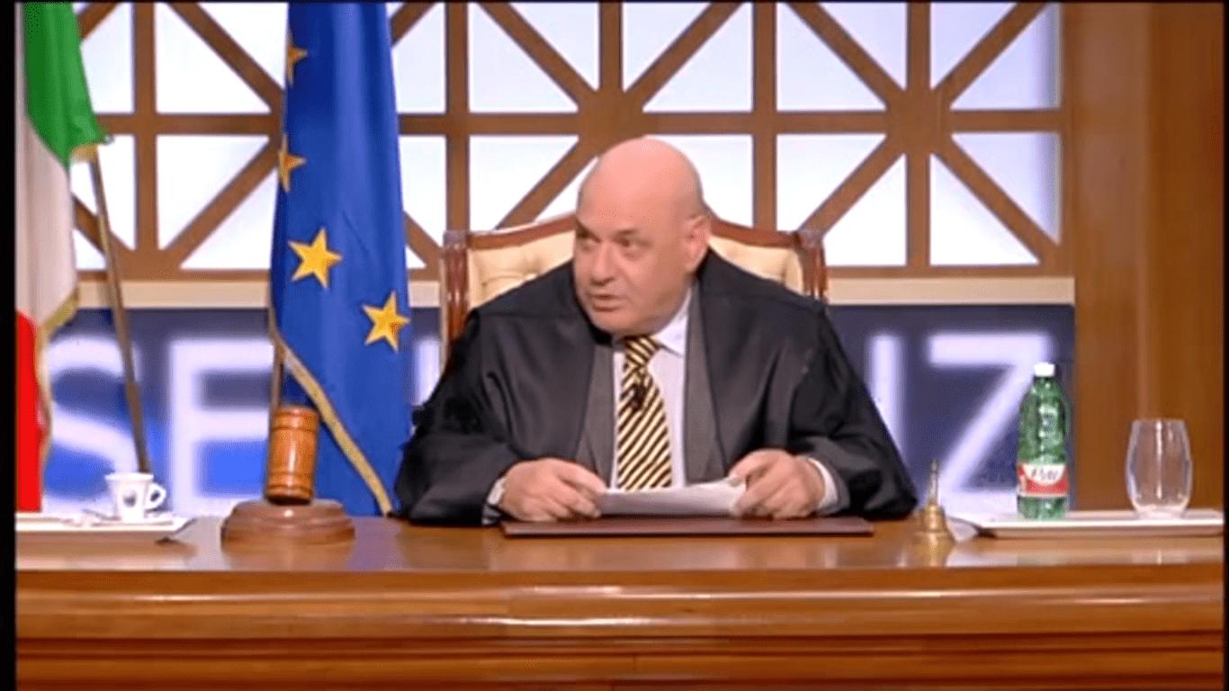 Francesco Foti, l'ex giudice di Forum: 'Mi hanno sospeso dal programma, la mia immagine è compromessa'